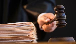 В каких случаях подают иск в суд на застройщика?
