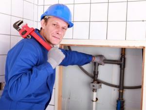 Как поменять канализацию в квартире?