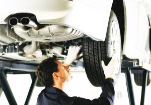 Процедура базового технического обслуживание автомобиля