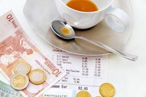 Пробковый налог в ресторане
